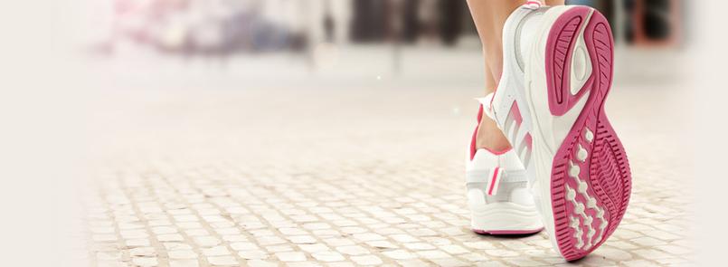 Ir a la moda con zapatillas de deporte
